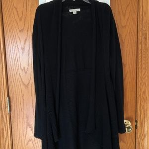 Long black cardigan. Size Small